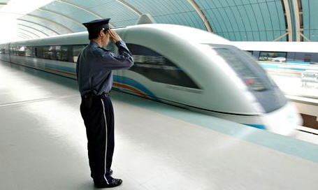 china magnetic levitation train2